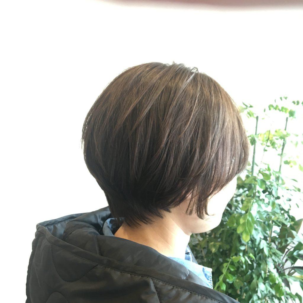 ショートヘアとインナーカラーで春チェンジ